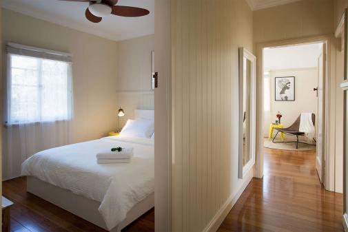 Minnelli queen bedroom hallway and lounge artwork